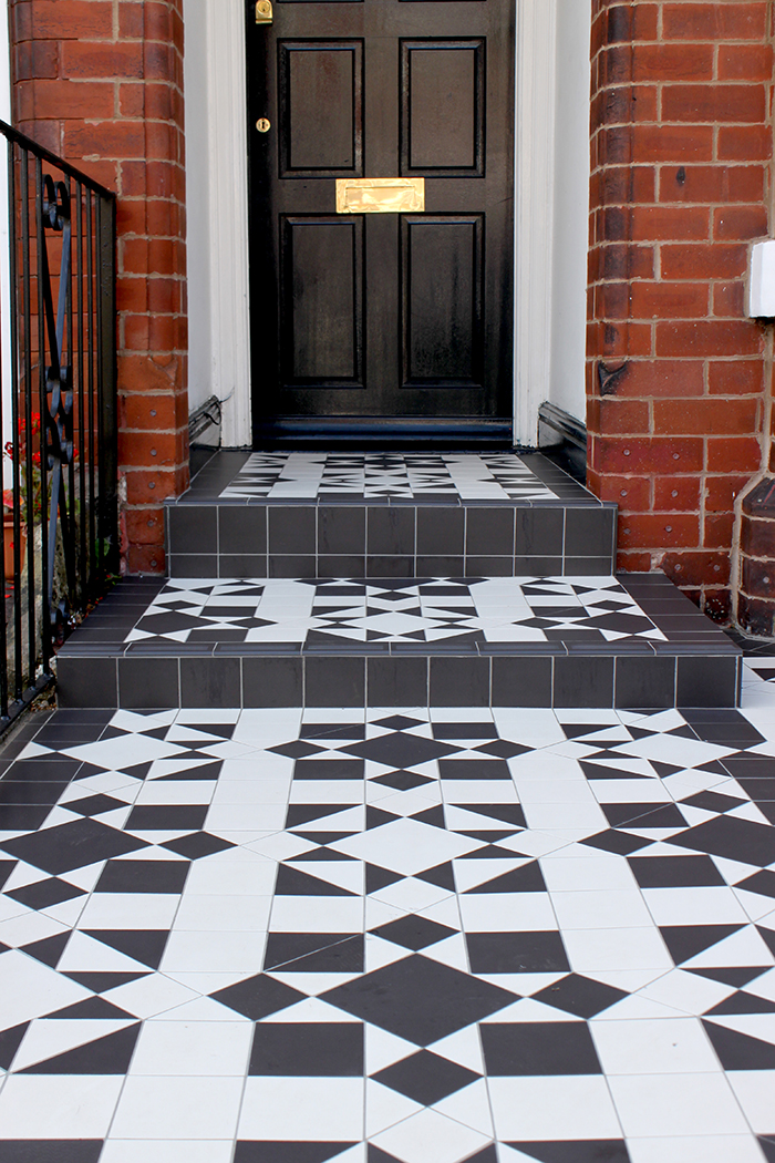 how to prepare to sell your house front door victorian house with tiling