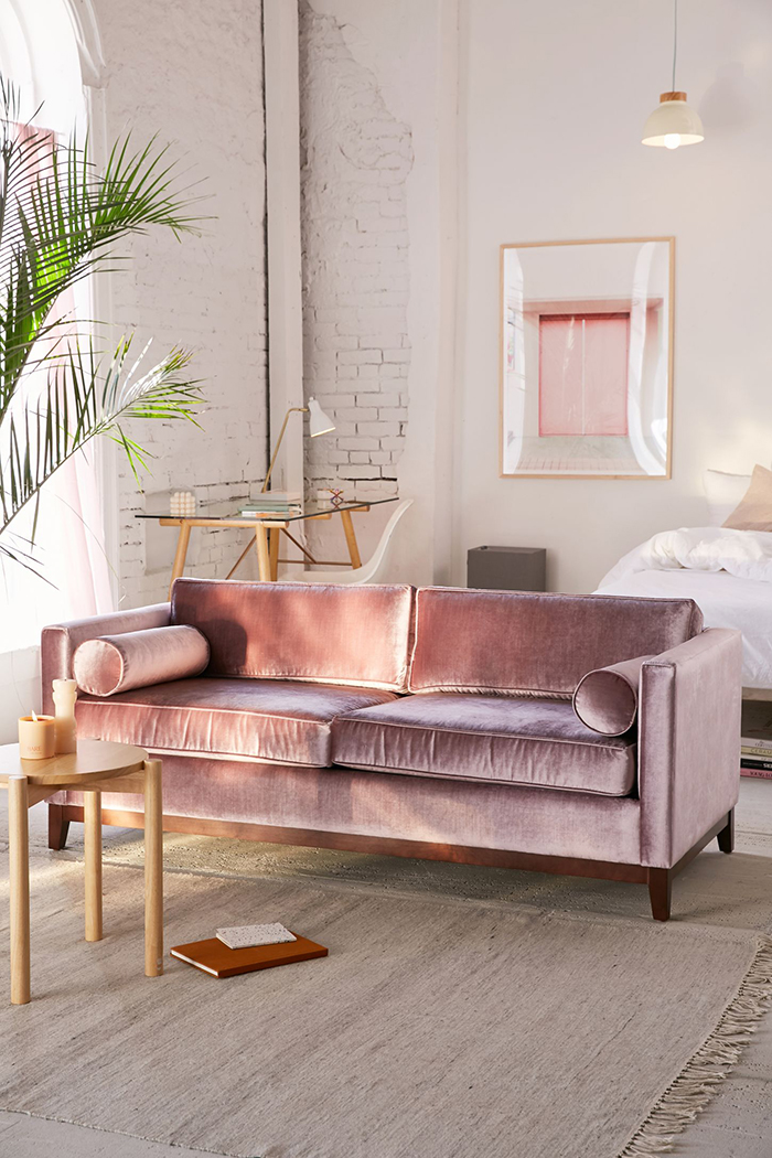 Feelings on blush pink the fine line swoon worthy for Ikea sofa rosa