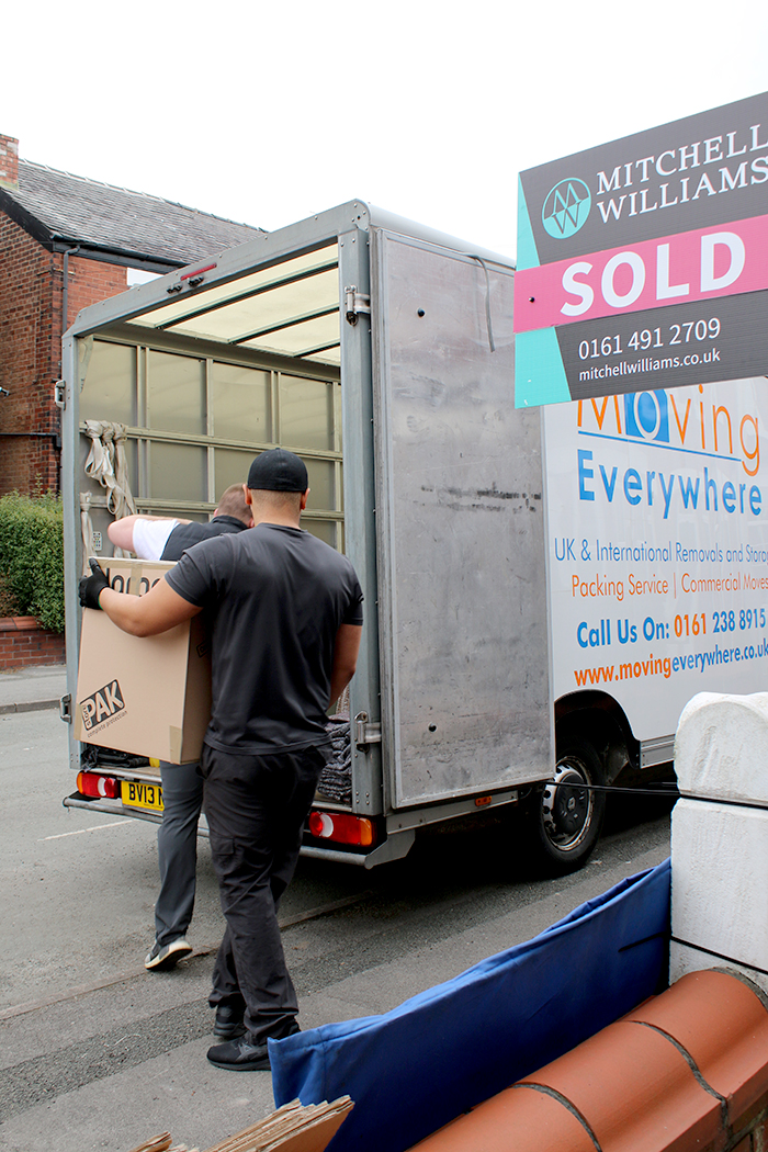 Movingeverywhere manchester based moving company