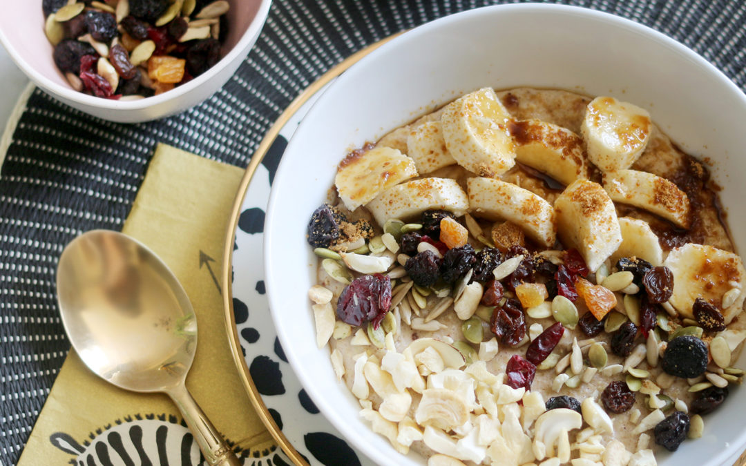 My Go-To Healthy Breakfast: Nutty Porridge Oats with Banana and Dried Fruit