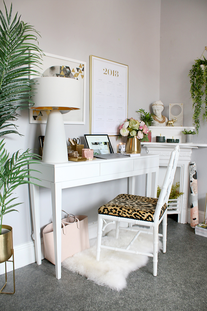 home office design in white pink and gold