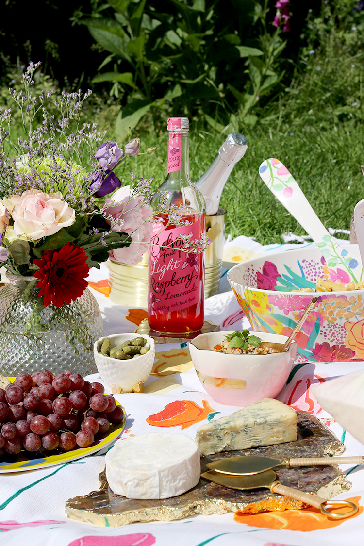 How to style a bright and colourful garden picnic