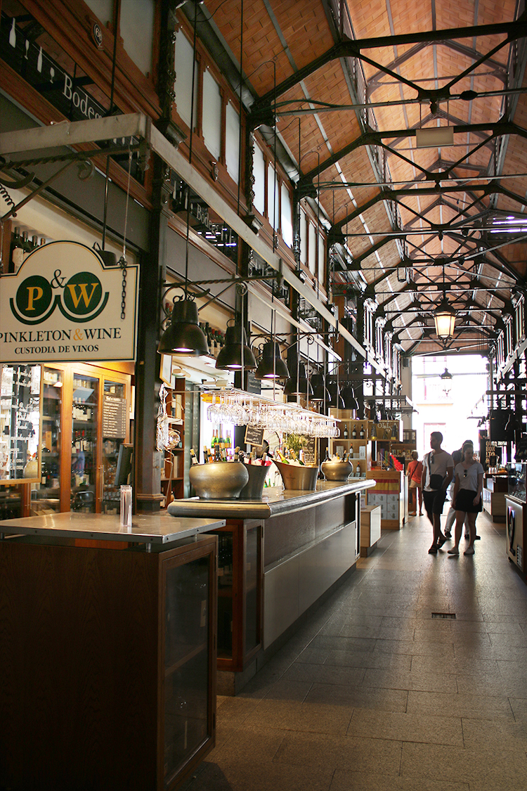 Mercado de San Miguel is a must visit for any foodies visiting Madrid!