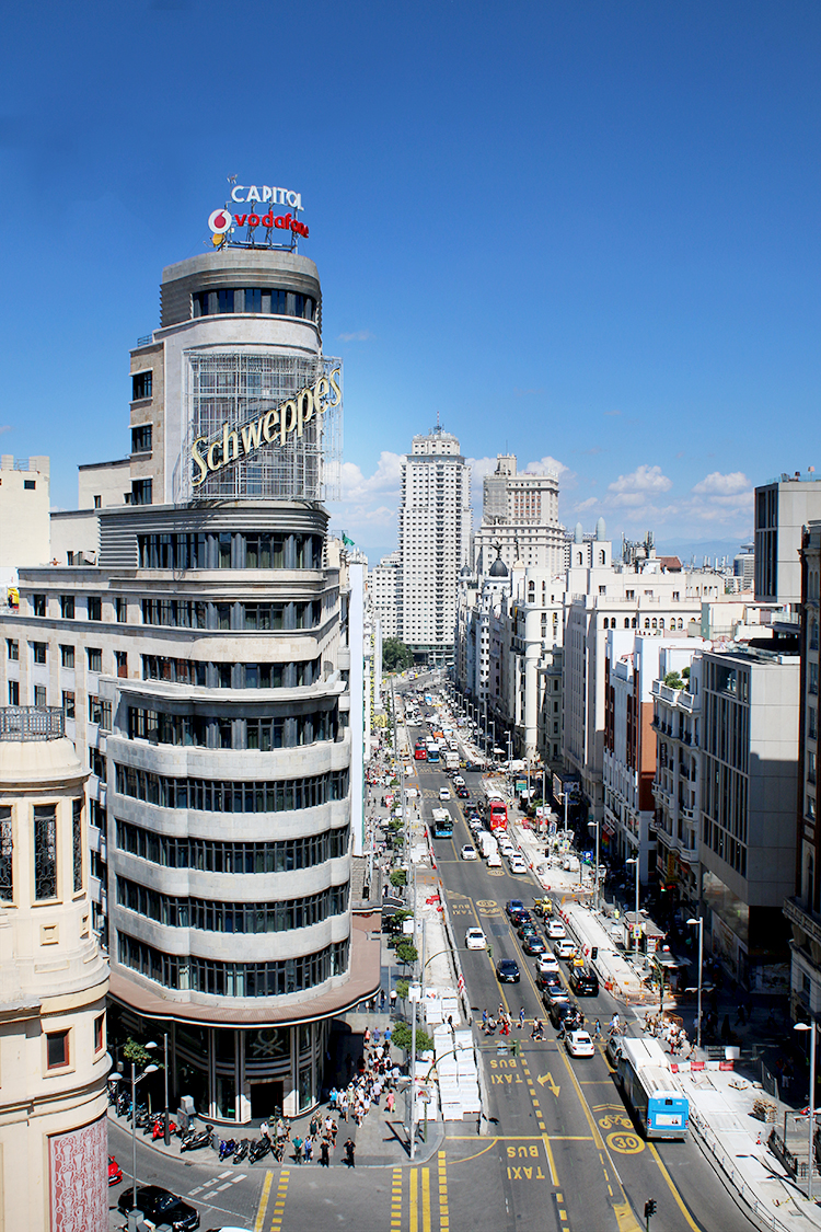 Wander up to the 9th floor of El Corte Inglés de Callao to get the most amazing views of Madrid.