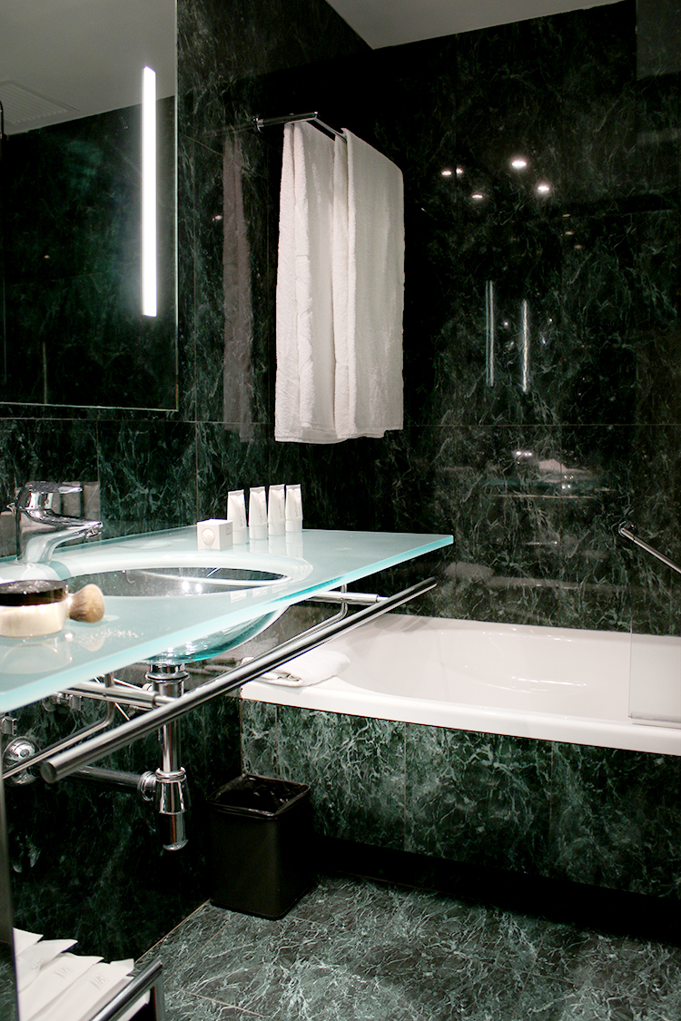 AC Hotel Valencia Green Marble Bathroom