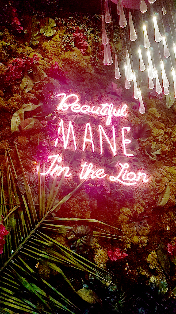 Menagerie Restaurant Neon Sign