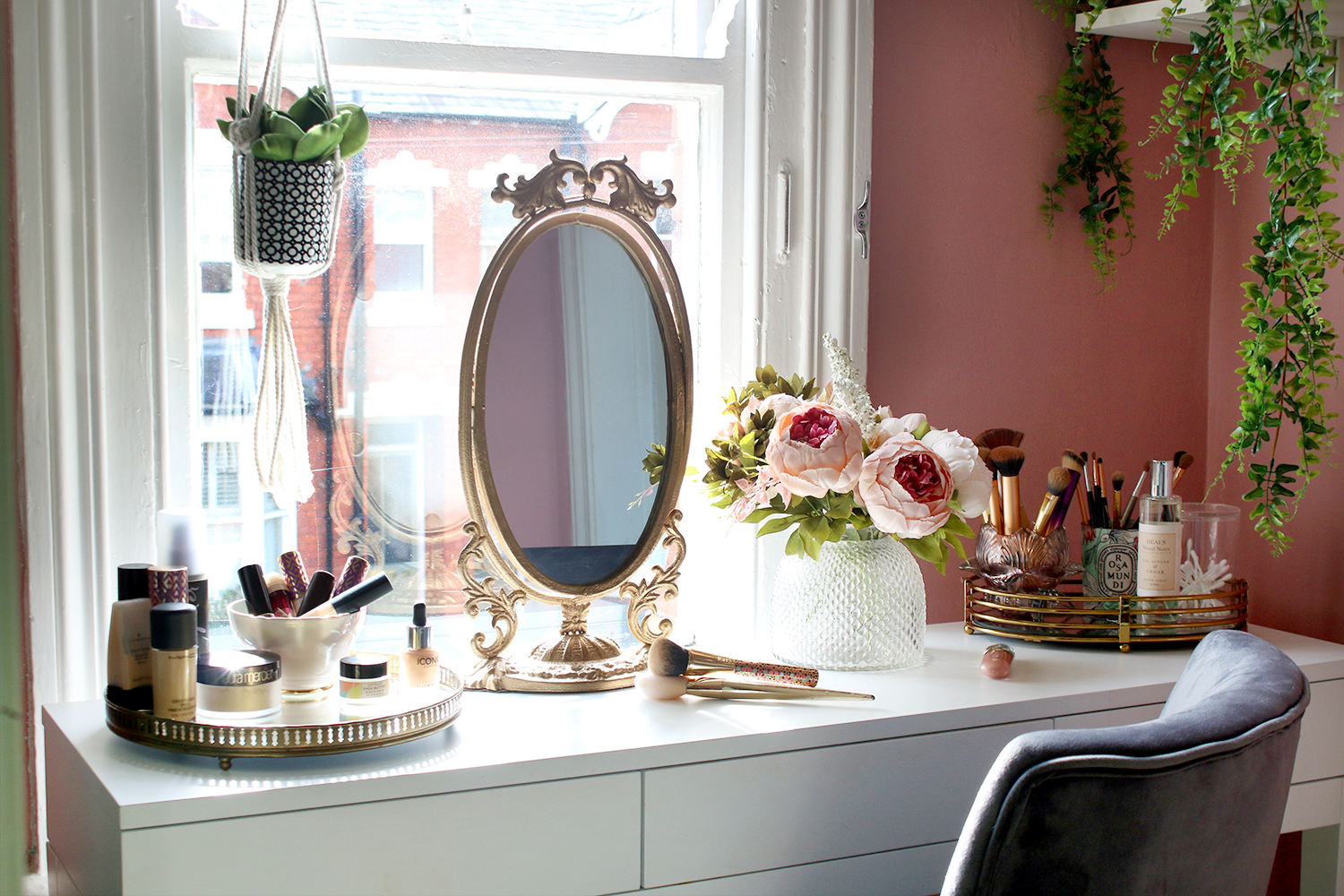 The Reveal Of My Tiny Makeup Room Vanity Space Swoon Worthy