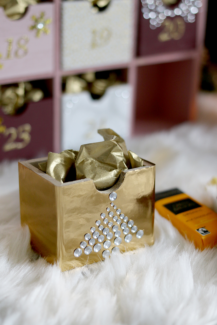 DIY Advent Calendar with gold contact paper
