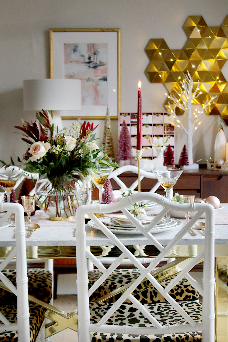 How to Style Your Christmas dinner table setting
