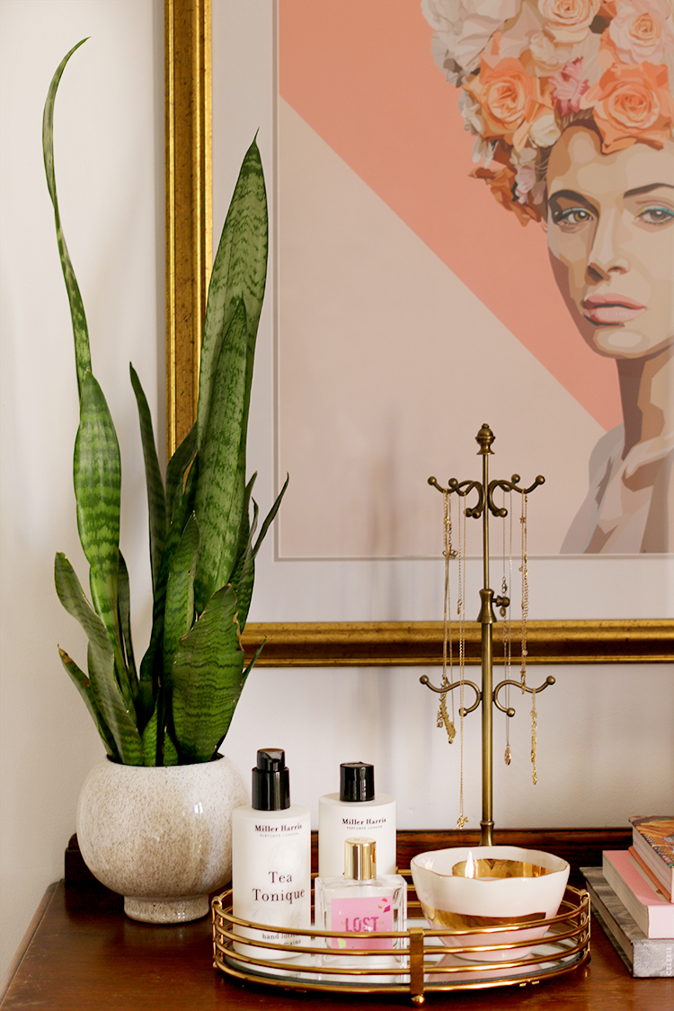 Styling Tips for Creating a Vignette on your chest of drawers