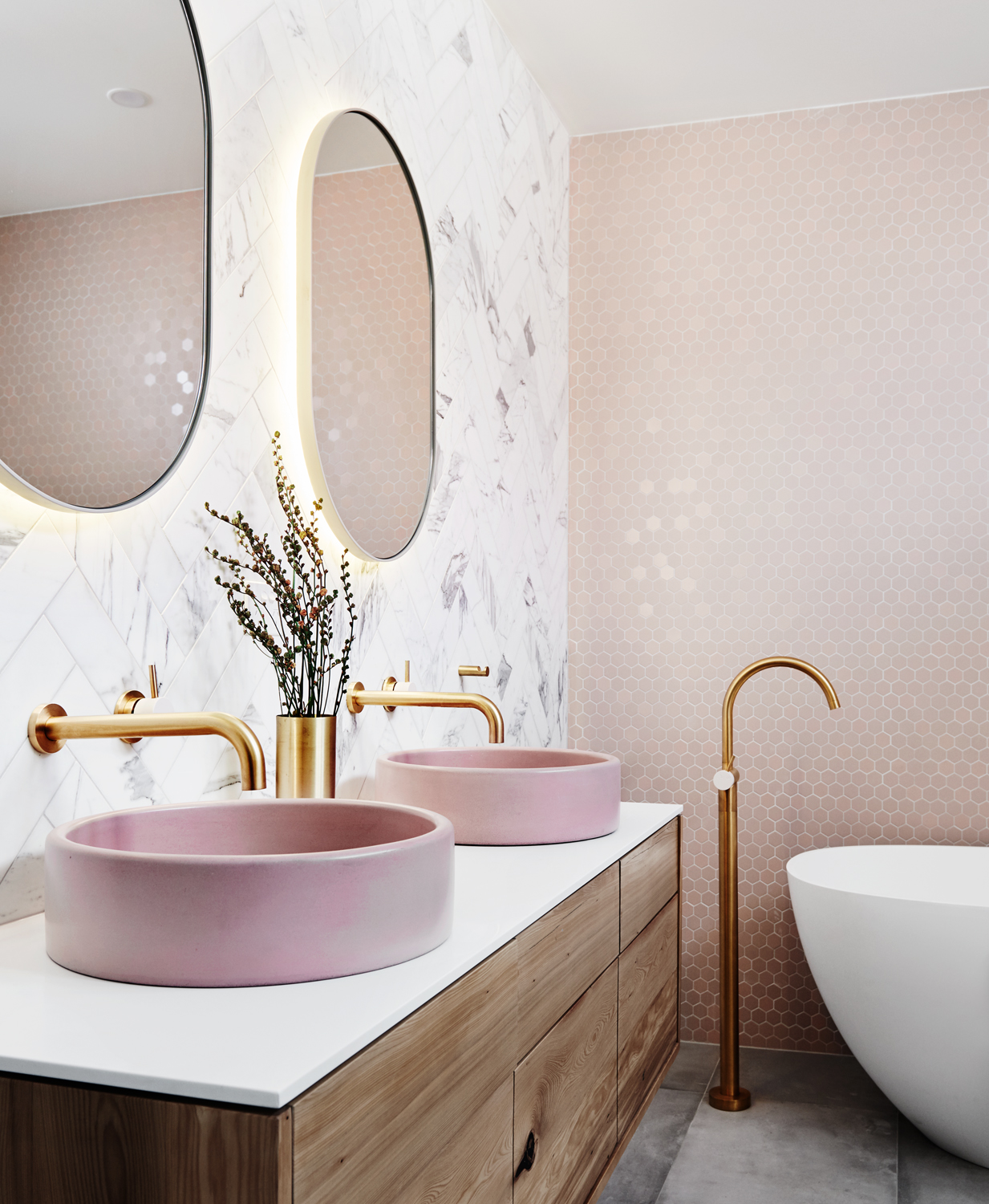 Pink bathroom - How to Decorate According to Your Star Sign - Capricorn