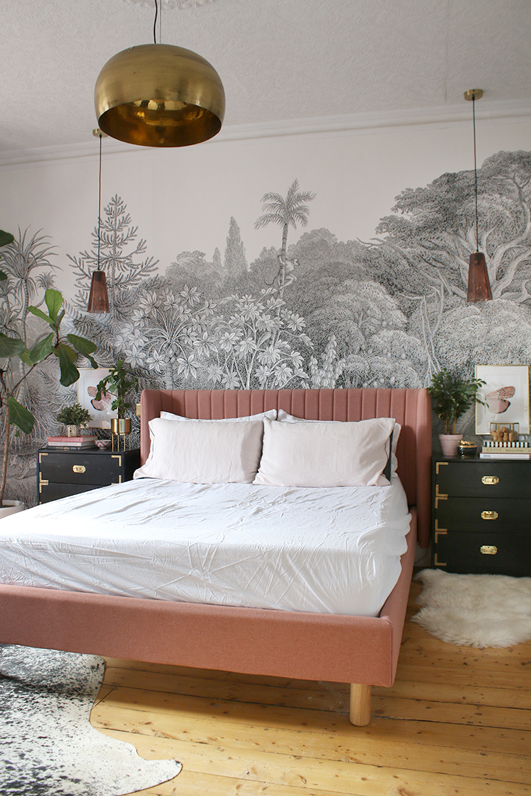 How to Style a Bed - The Pillow Prop 2