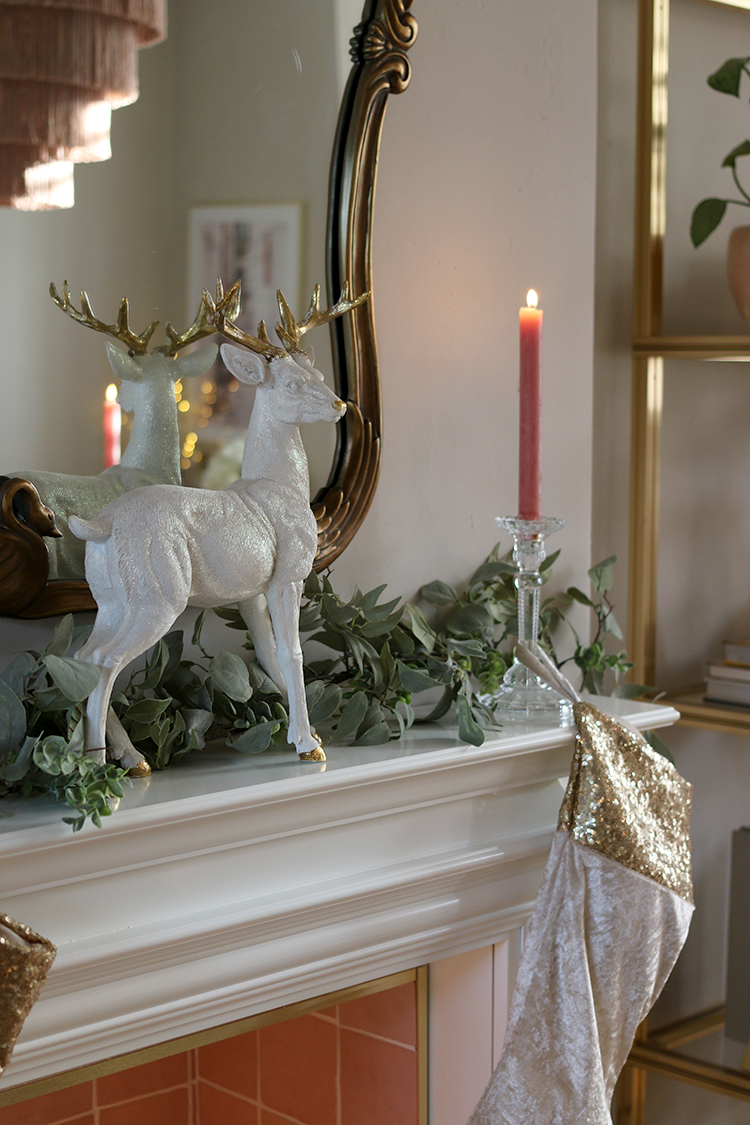 Christmas dining room mantle