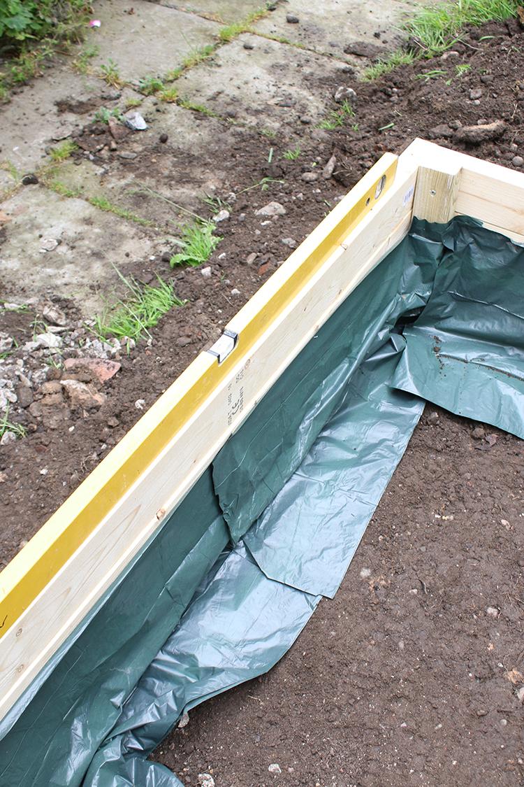 DIY Raised Bed Planter Step 10b