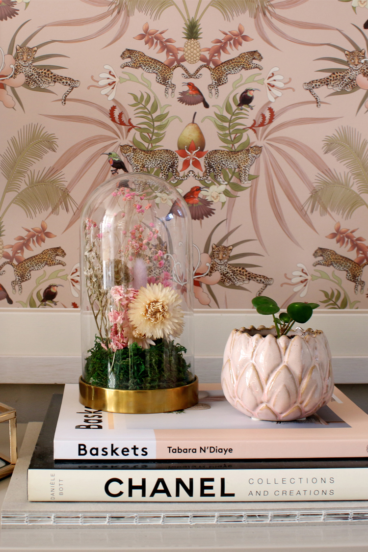 Dried floral cloche DIY tutorial